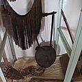 objets traditionnels au musée de Jinka