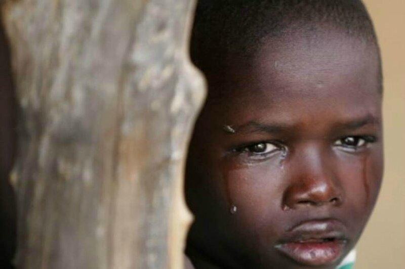 enfant-afrique-pleure