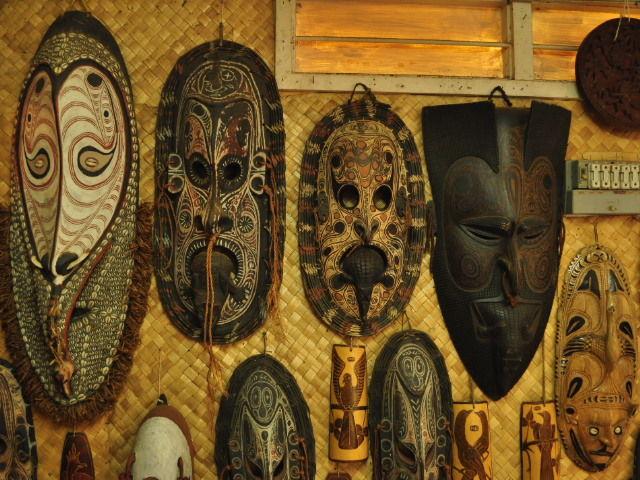 Differents masques de la Sepik