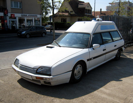 Citroen_CX_25_RD_ambulance__Illkirch__01