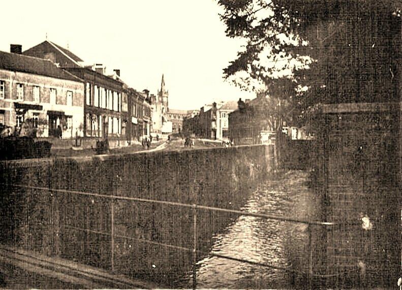 WIGNEHIES-Vue du Pont Boussus 1917