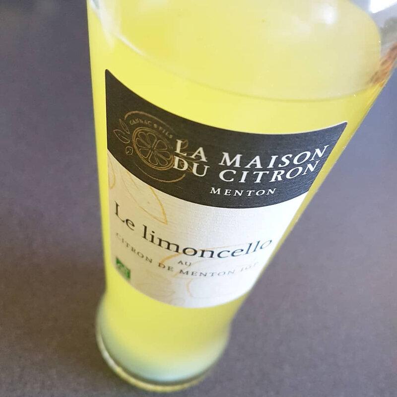 cathytutu baba au limoncelle bouillet fraises paques trop bon trop facile citron de menton italie