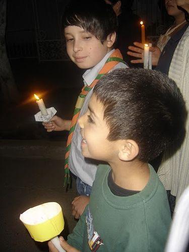 Kevin y Rodrigo participan en la procesión
