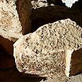 pierre taillée