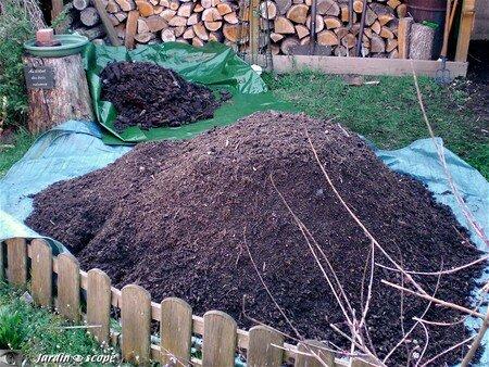 Tas_Compost_mur
