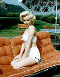 pt_632143_marilyn_version_pin_up_fifties_en_637x0_2