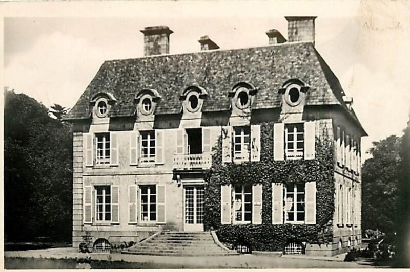 CPA château de Plouguin_2