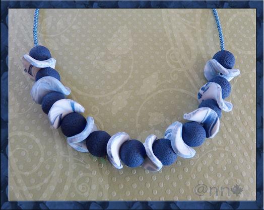 Collier bons bleu blanc marine n° 2 (N)
