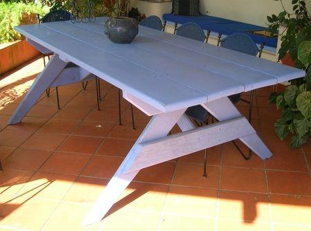Vends grande table de jardin en bois massif - Tout vendre ...