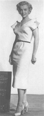1950-12-14-AYAYF-test_costume-renie-mm-04-2
