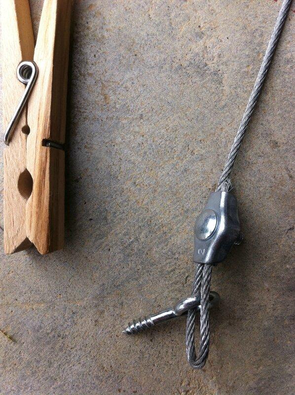fixer le câble à environ 10cm des extrémités