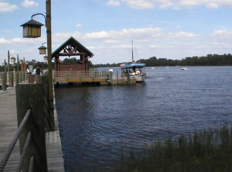 Disneys-Wilderness-Lodge-Boat-Transportation