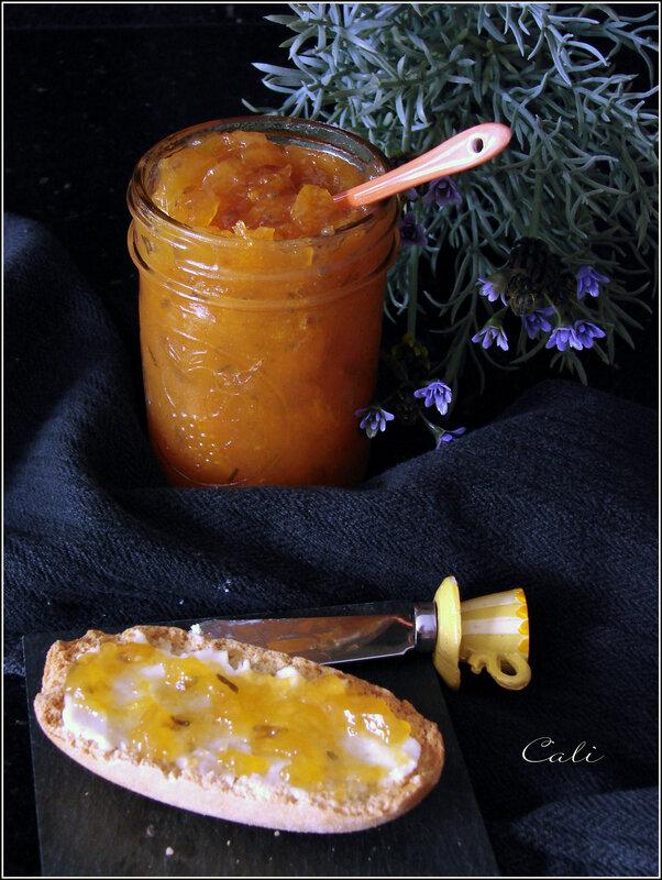 Confiture d'Abricots à la Lavande 002
