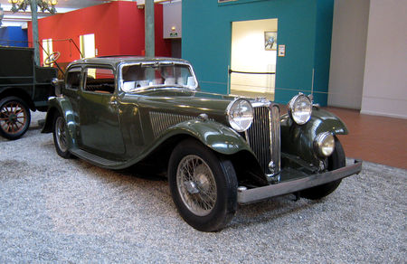 Standard_Swallow_coach_SSI_de_1934__Cit__de_l_Automobile_Collection_Schlumpf___Mulhouse__01