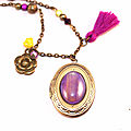 collier mi long médaillon porte photo henne bijoux violet pompon jaune (1)
