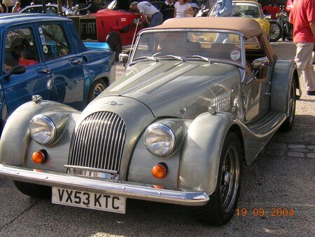 Morgan_Plus_V8_Av