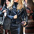 Jennifer Aniston leather skirt 1008