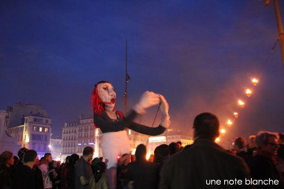 MP2013_entre_flammes_et_flots_marionnette