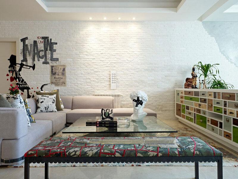 living-sejour-maison-moderne-mur-briques