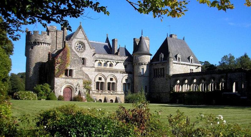 chateau-854x466