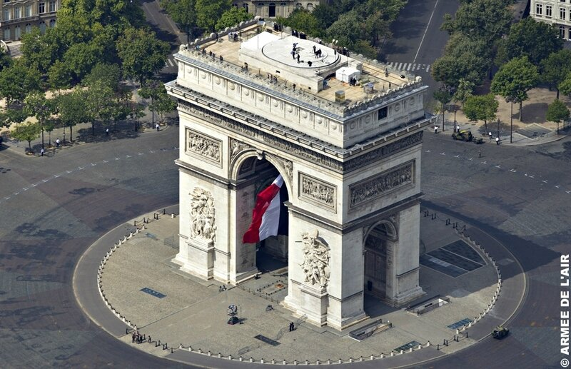 Vue aérienne de l'Arc de Triomphe - Paris
