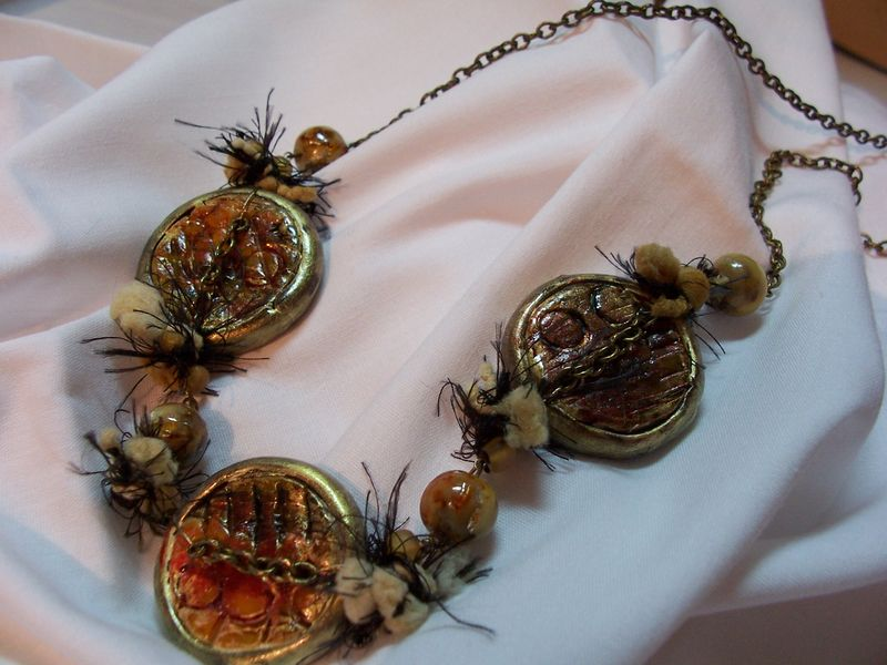 collier sauvageonne frileuse