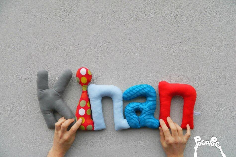 kinan mot en tissu,mot decoratif,cadeau de naissance,decoration chambre d'enfant,cadeau personnalise,cadeau original,poc a poc blog