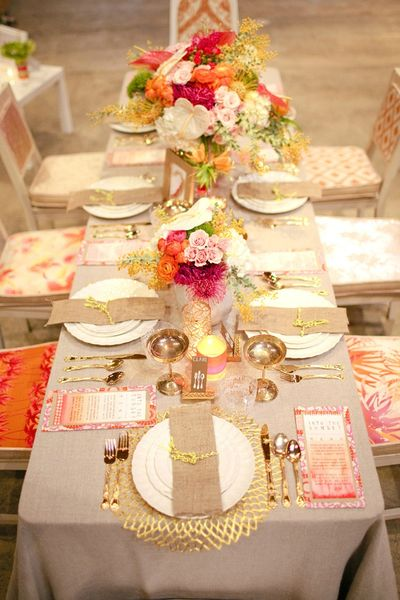 canvasandcanopyevents-linkedwithlove-neon-tablescape-styled-eventdesign-photoshoot-pink-orange-yellow-gold-diy-thecreamevent-joielala-photographie-02