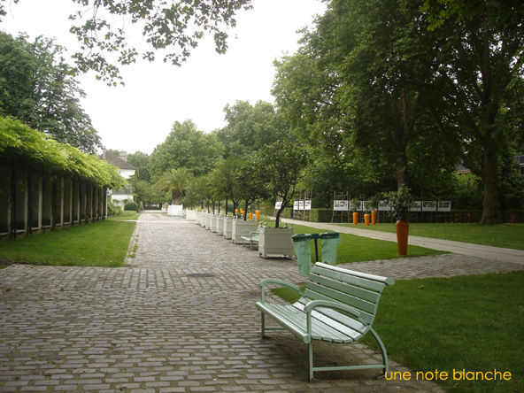 Paris_Jardin_Bercy_carrot_city
