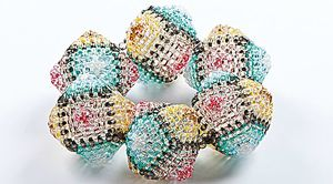 projects-sewn-seed-bead-bracelet1