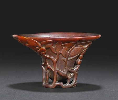 A_carved_rhinoceros_horn_libation_cup2