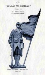 Soldat au drapeau