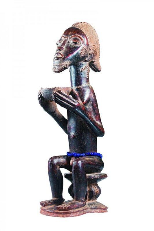 Figurine masculine assise avec une coupe, Maître de Himmelheber, XIXe siè