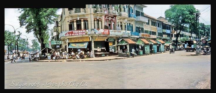 Góc phố Chợ Cũ 1965 góc Hàm Nghi-Võ Di Nguy