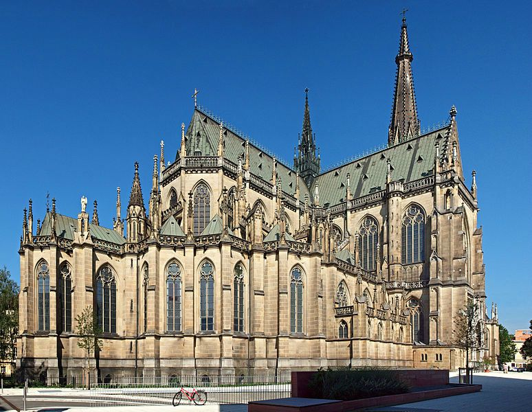 774px-Linz-cathedrale