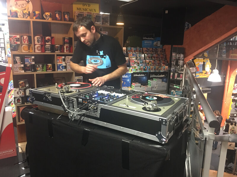 Disquaire Day_Record Store Day_2019 à Planet R_Saint-Lô_DJ Dard_One is Good Record_DJ set