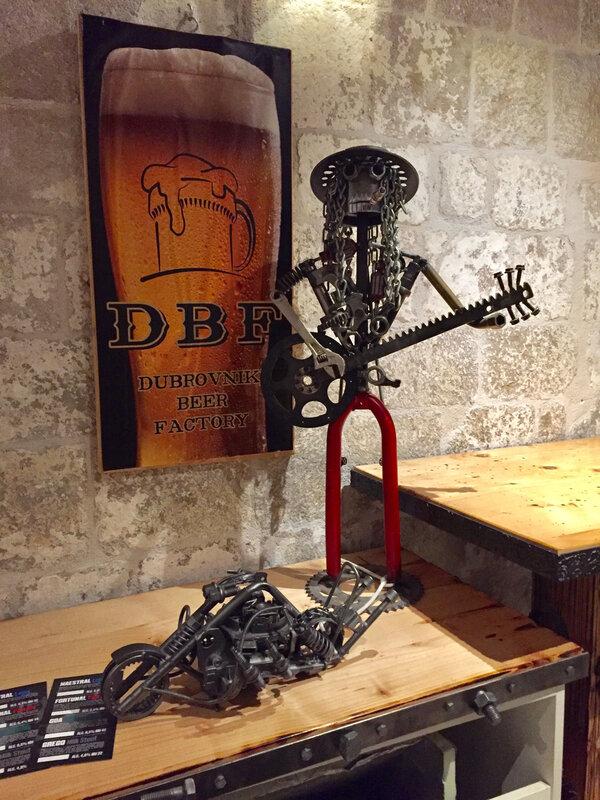 Dubrovnik, détail d'un restaurant, jeudi 22 octobre 2020