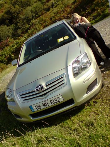 Notre belle voiture Hertz, présentée par Julie ! lol