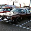 Chevrolet caprice classic 4door sedan de 1988 (Rencard du Burger King avril 2011) 01