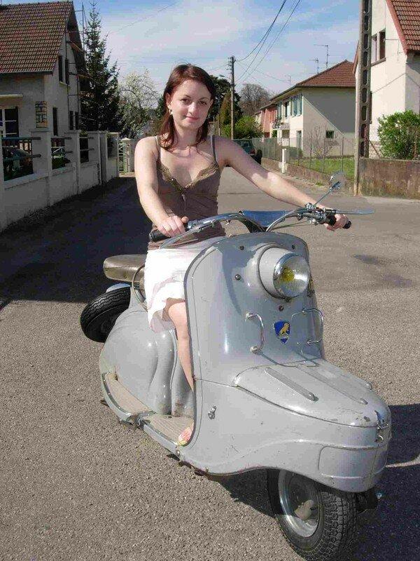 elsa scooter_