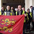 Caen 1er décembre 2018: hervé morin a reçu une délégation de gilets jaunes venus de toute la normandie...