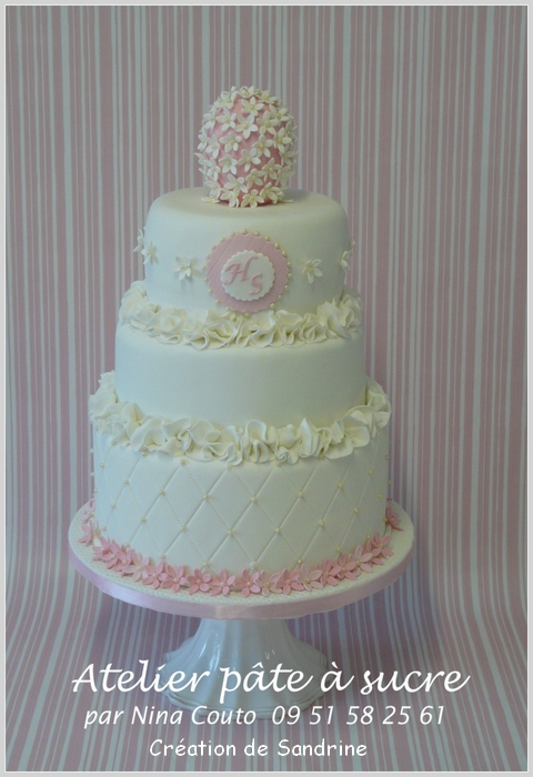 wedding cake blanc et rose