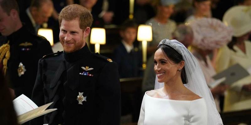 8 le-prince-harry-et-meghan-markle-pendant-la-ceremonie-de-mariage-a-la-chapelle-st-george