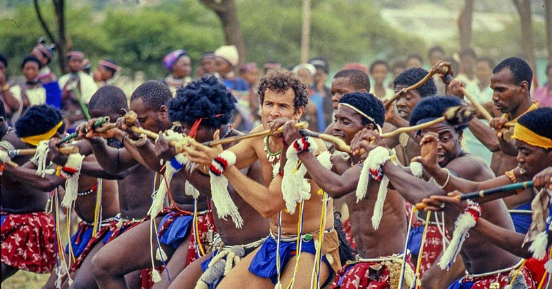 johnny-clegg-le-zoulou-blanc-une