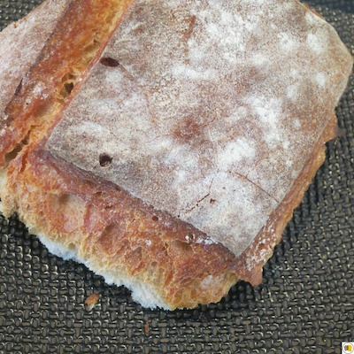 Espuma de maroilles, chapelure de persil, pain grillé (2)