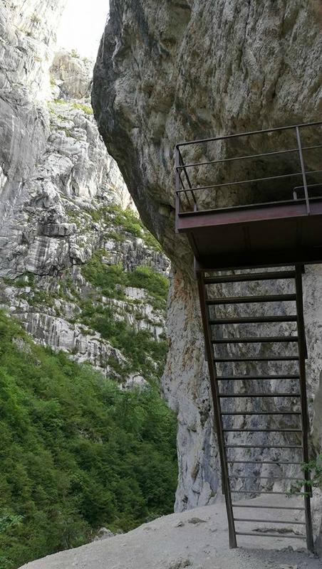 Gorges du Verdon, couloir Samson, sentier Blanc-Martel (04)