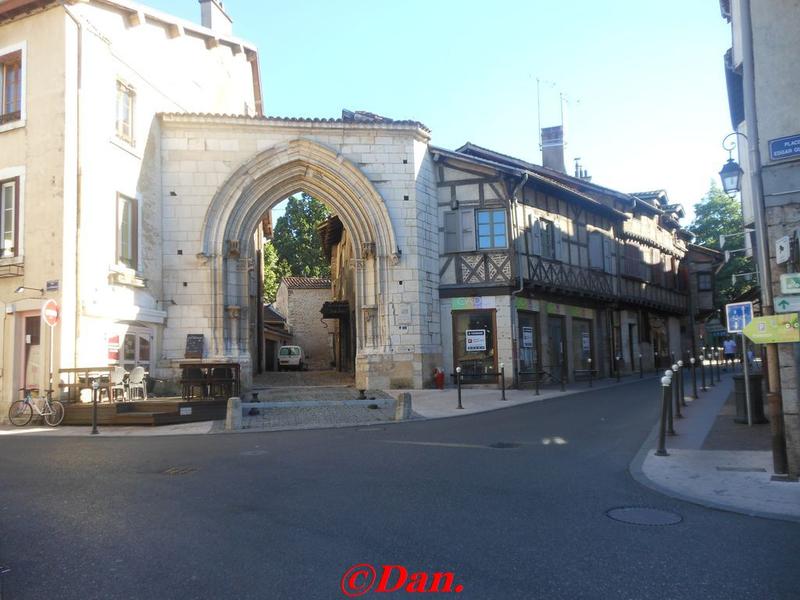la porte des Jacobins (2)