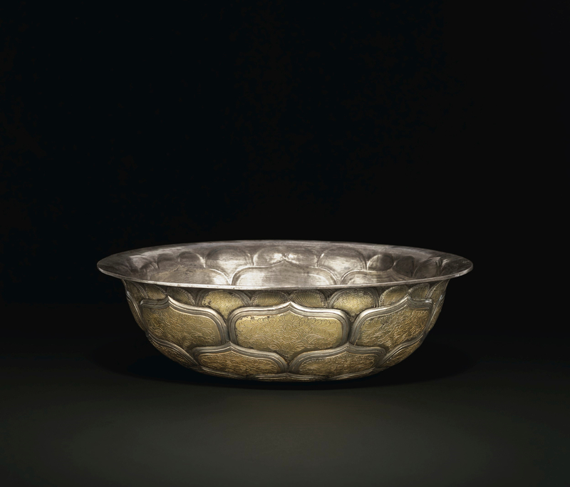 2019_NYR_18338_0551_000(a_very_rare_and_important_large_parcel-gilt_silver_bowl_tang_dynasty)