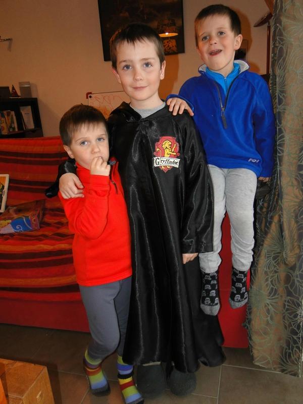 170301-Eole et sa cape de Harry Potter