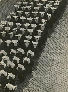 Erno Vadas Procession